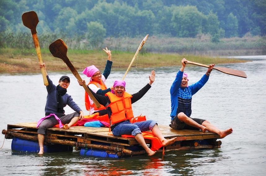 Đại náo hồ Đồng Mô.
