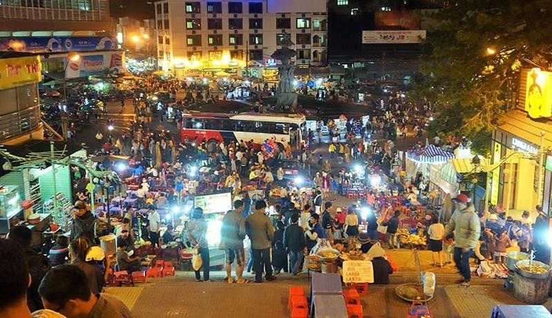 Chợ Đà Lạt - Điểm du lịch Đà Lạt hấp dẫn.
