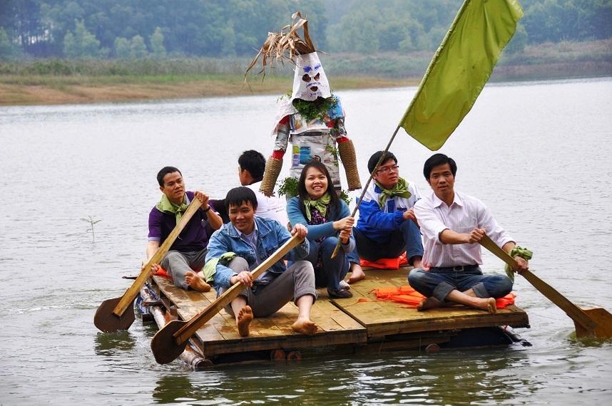 Đại náo hồ Đồng Mô