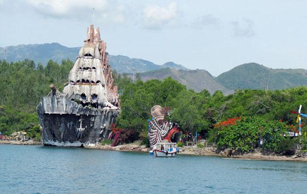 Khu du lịch hồ cá Trí Nguyên.