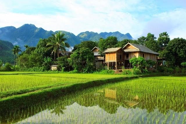 Bản Poom Coọng, điểm du lịch hấp dẫn ở Mai Châu.