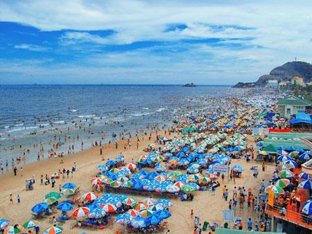Tắm biển Vũng Tàu