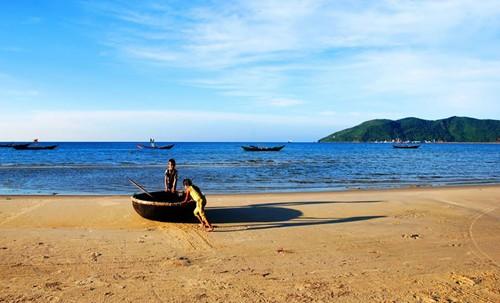 Bãi biển Cảnh Dương
