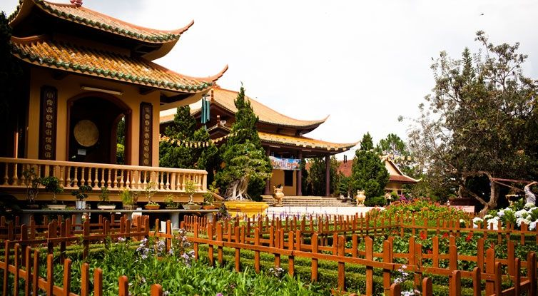 Thiền viện Trúc Lâm - Điểm du lịch Đà Lạt hấp dẫn.