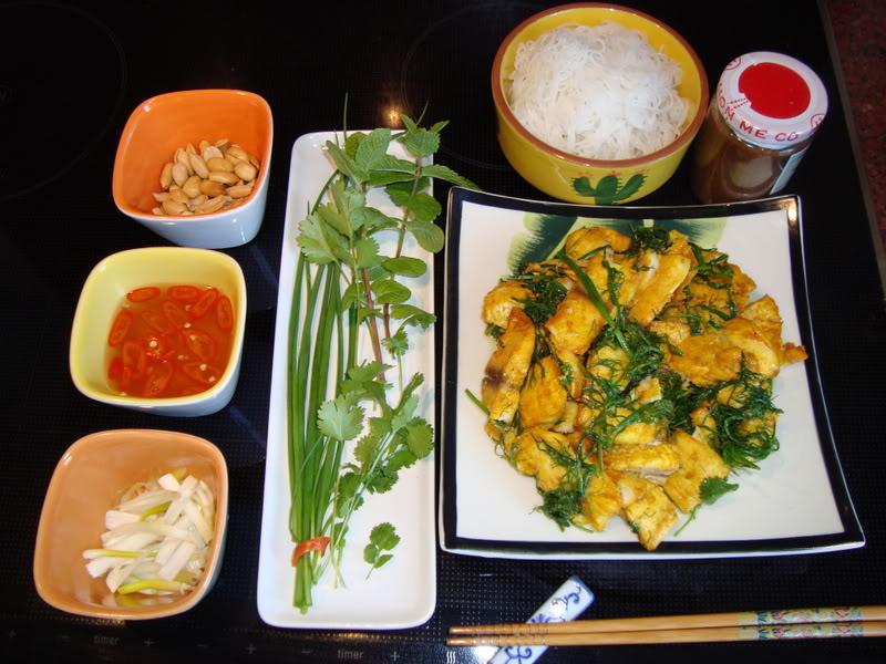 Chả cá Lã Vọng, món ăn nức tiếng của Hà Nội