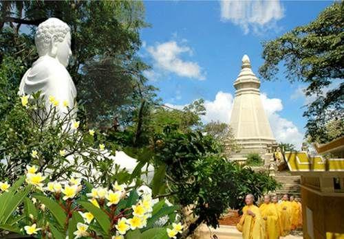 Thích ca Phật đài - Điểm du lịch hấp dẫn.