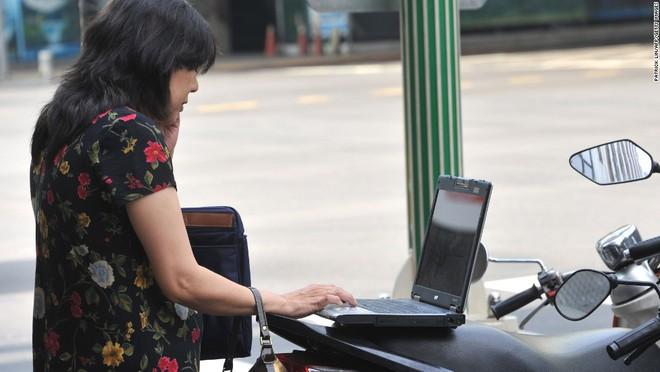 Từ năm 2011, mọi người Đài Loan đều có thể kết nối Wifi miễn phí trên hòn đảo này và đây là một trong những nơi đầu tiên trên thế giới cung cấp internet không dây miễn phí quy mô lớn