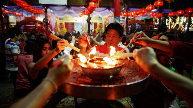 Một ngôi chùa tại Bangkok, Thái Lan trong đêm giao thừa