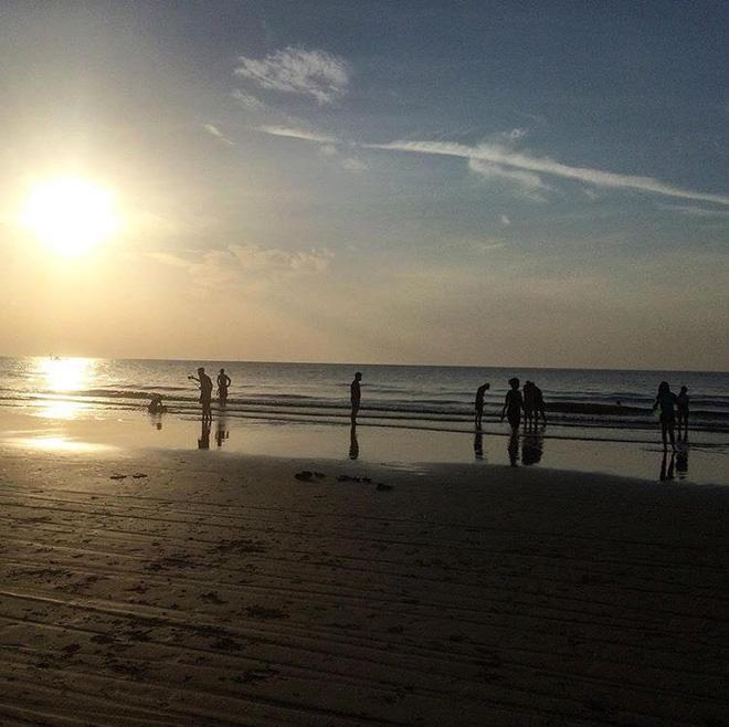 5 bãi biển ngay gần Hà Nội để 99er đi xả hơi nhanh gọn sau kỳ thi - Ảnh 50.