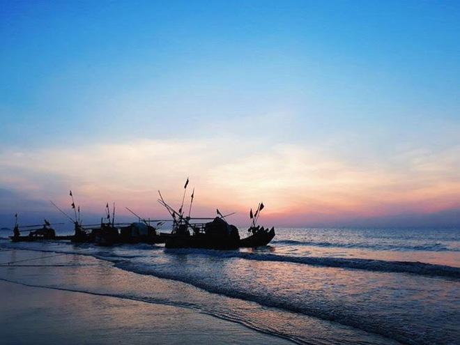 5 bãi biển ngay gần Hà Nội để 99er đi xả hơi nhanh gọn sau kỳ thi - Ảnh 53.
