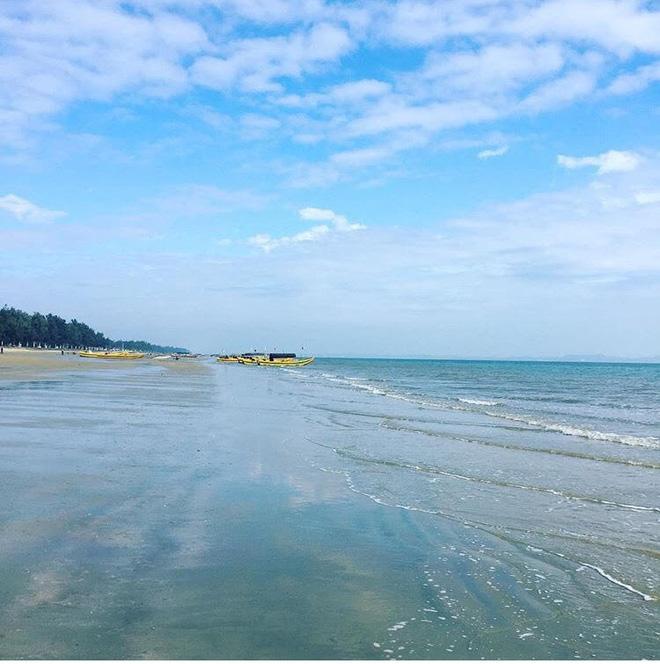 5 bãi biển ngay gần Hà Nội để 99er đi xả hơi nhanh gọn sau kỳ thi - Ảnh 8.