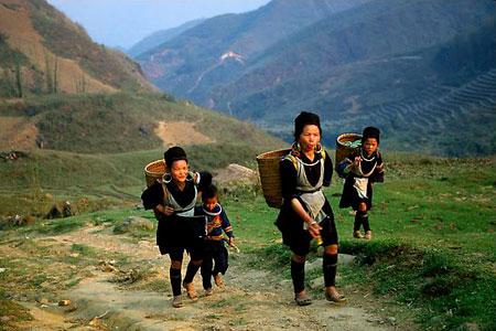 Người H-Mông ở Bản Sín Chải