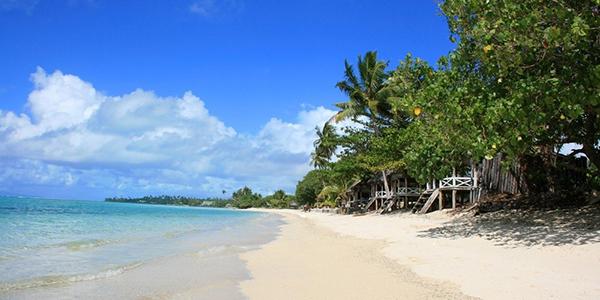 Bãi biển An Bàng một ngày nắng