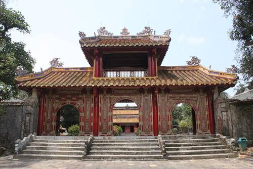 Vị vua đầu tiên của nhà Nguyễn yên nghỉ trong một không gian tĩnh lặng và đầy chất thơ