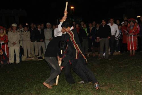 Kéo chày là lễ hội độc đáo mang đậm nét huyền bí, hoang sơ của dân tộc Pà Thẻn
