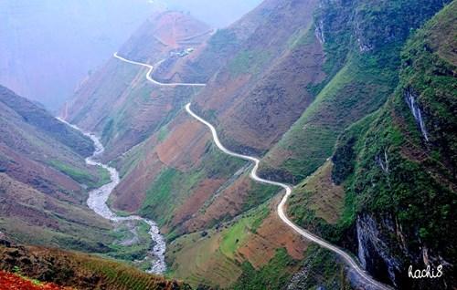 Mã Pì Lèng và con sông Nho Quế