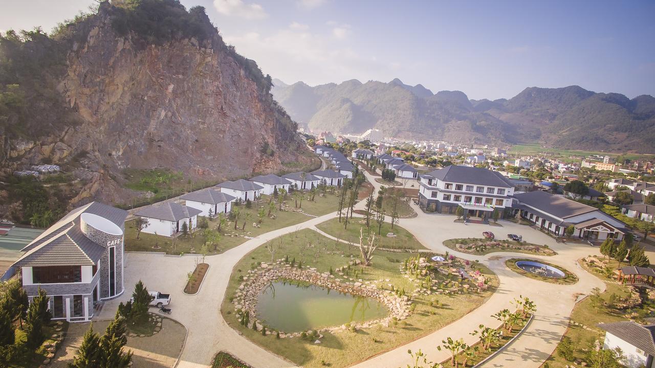 Thảo Nguyên Resort Mộc Châu.