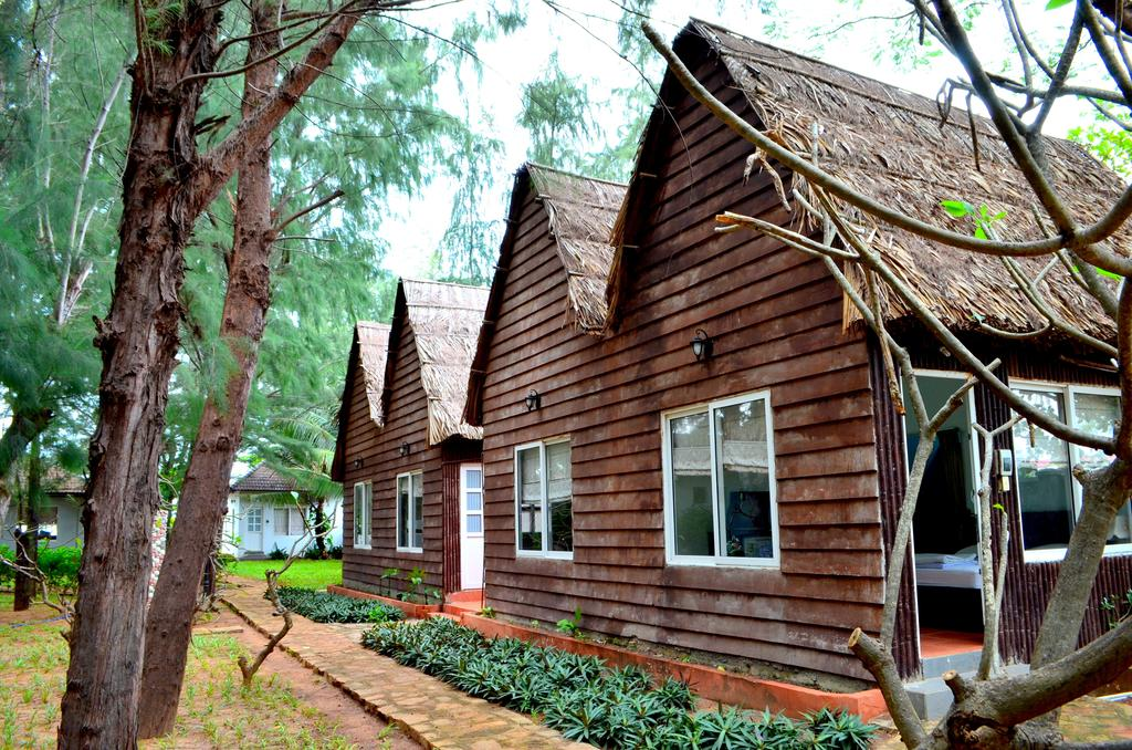 Bavico Village Resort Long Hải.