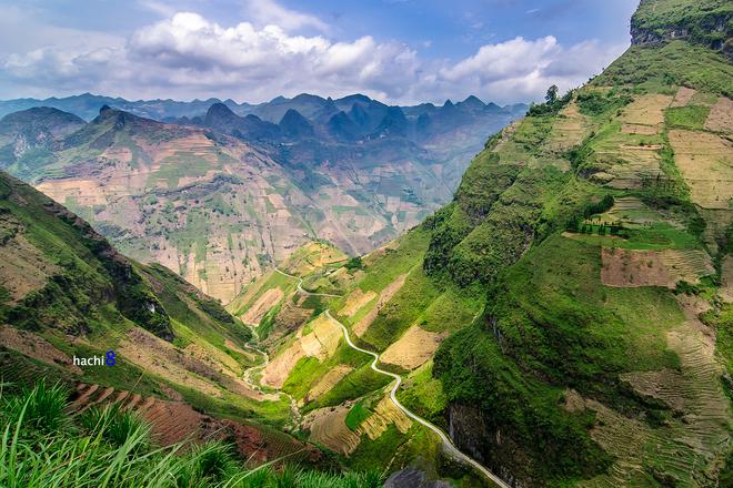 Cung đường đèo Mã Pí Lèng huyền thoại