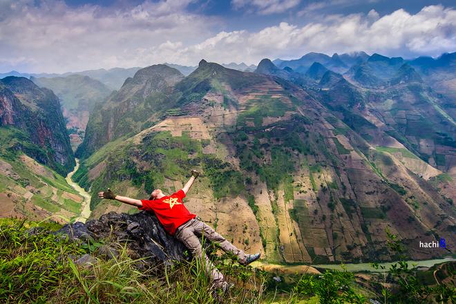 Chinh phục cung đường đèo Mã Pí Lèng hiểm trở nhất Việt Nam