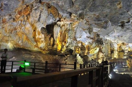 Động Thiên Đường phục vụ khách du lịch từ ngày 24/12/2010