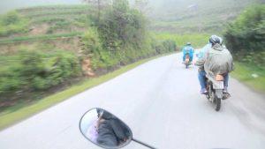 Phượt xe máy trên đèo Khau Phạ