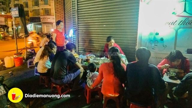khanh hoa banh canh dem cho dam 0 d2408acd635944539535827175 - List 1 số quán ăn đêm ở Nha Trang