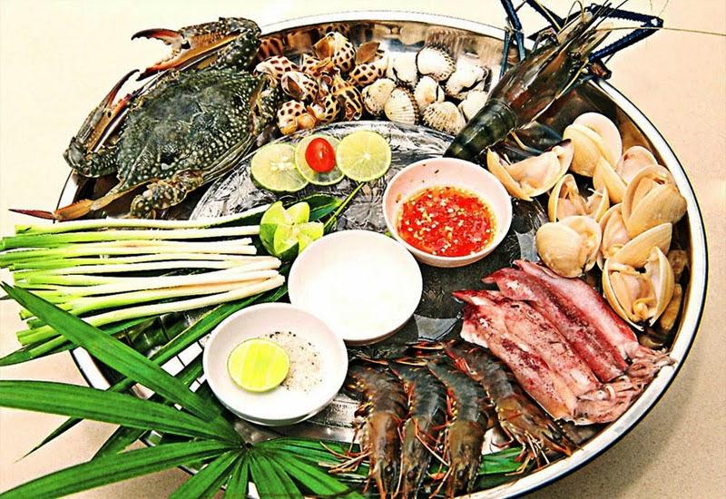 Lẩu hải sản Nha Trang