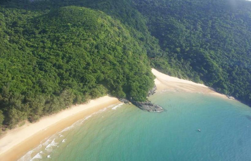 Du lịch Côn Đảo - Khám phá bãi Suối Nóng