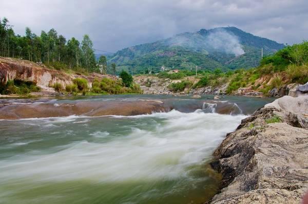 Khu du lịch cách trung tâm thành phố Nha Trang khoảng 20km. Ảnh: FBWaterLand suối Thạch Lâm
