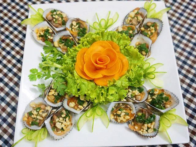 Gỏi sò lông trộn hoa chuối đậm đà vị biển