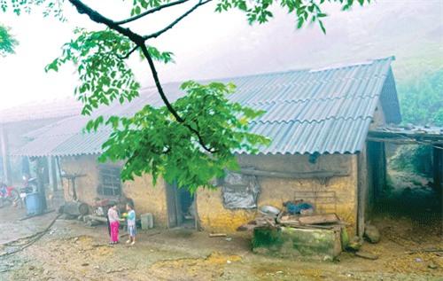Nhà của người dân được làm chủ yếu bằng đá.