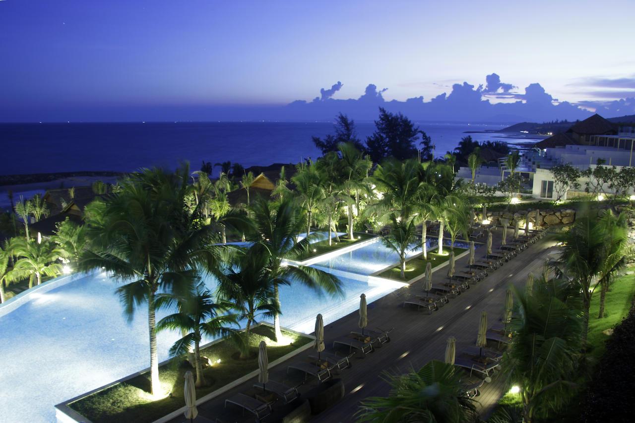 The Cliff Resort & Residences.
