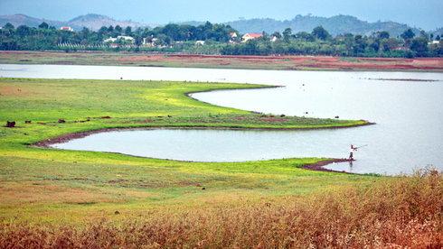 Lãng du bên lòng hồ Ea Kao