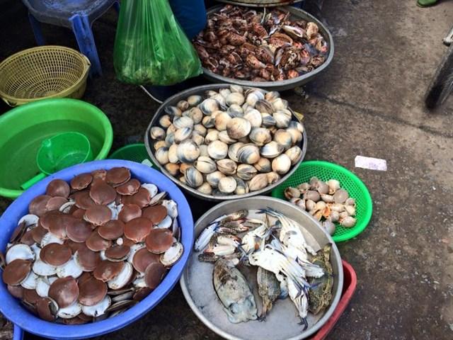 Chợ Dương Đông.