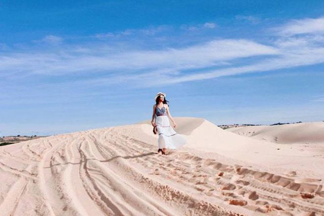 Sa Mạc Cát trắng