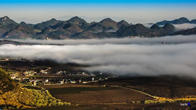 Săn mây bồng bềnh trên cao nguyên Mộc Châu