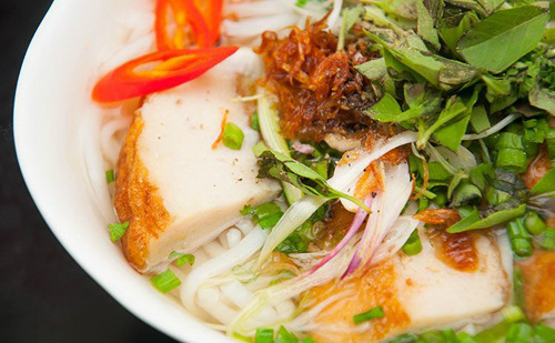 Bánh canh chả cá Bình Định được Tổ chức Kỷ lục châu Á ghi nhận đạt giá trị ẩm thực châu Á