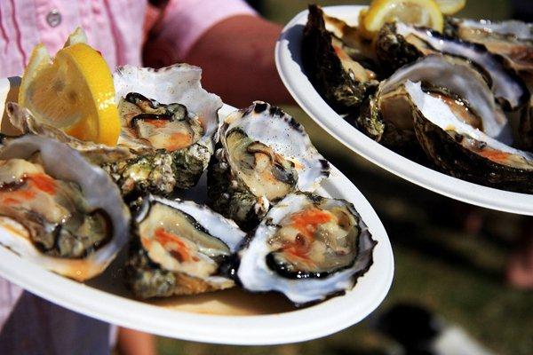 Một ngày ăn hải sản đã đời ở Long Sơn, Vũng Tàu