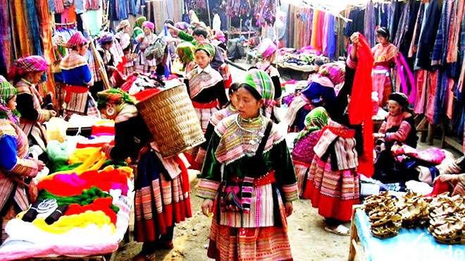 Chợ Sapa độc đáo  - điểm du lịch hấp dẫn nhất ở Sapa.