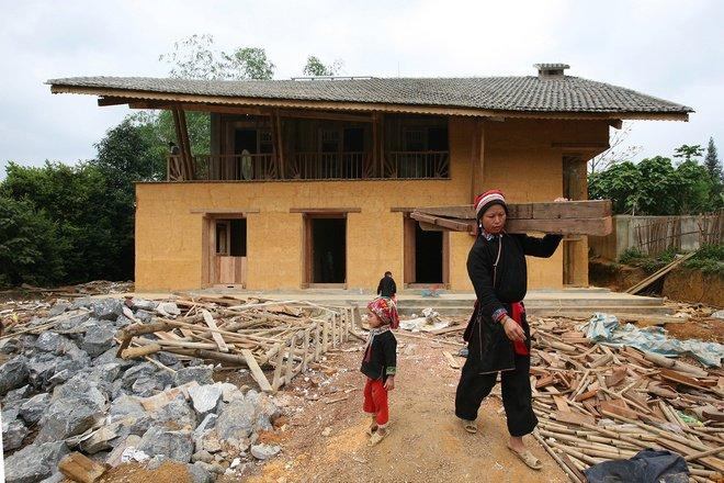 Nhà trình tường - nét văn hóa độc đáo của dân tộc Hà Nhì
