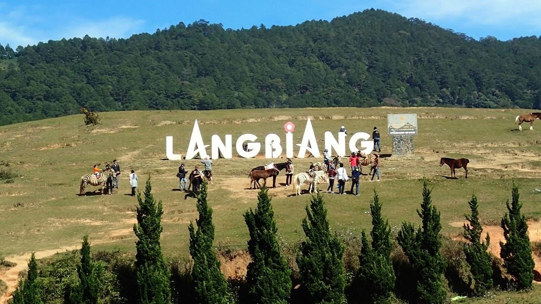 Núi Langbiang - Điểm du lịch Đà Lạt hấp dẫn