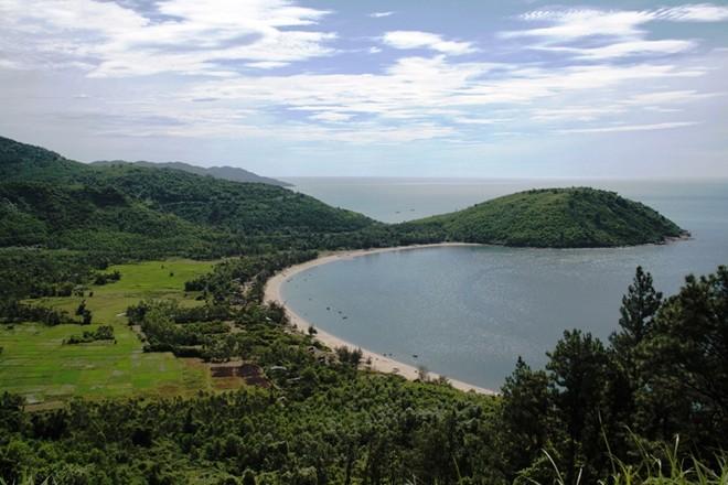 Vũng Chùa- Đảo Yến