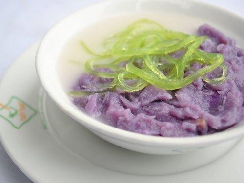 Chè tía, một trong những món ăn yêu thích ở Huế