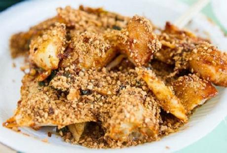 Thưởng thức những món ăn đường phố hấp dẫn nhất Singapore