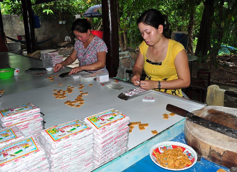 Sản xuất kẹo dừa
