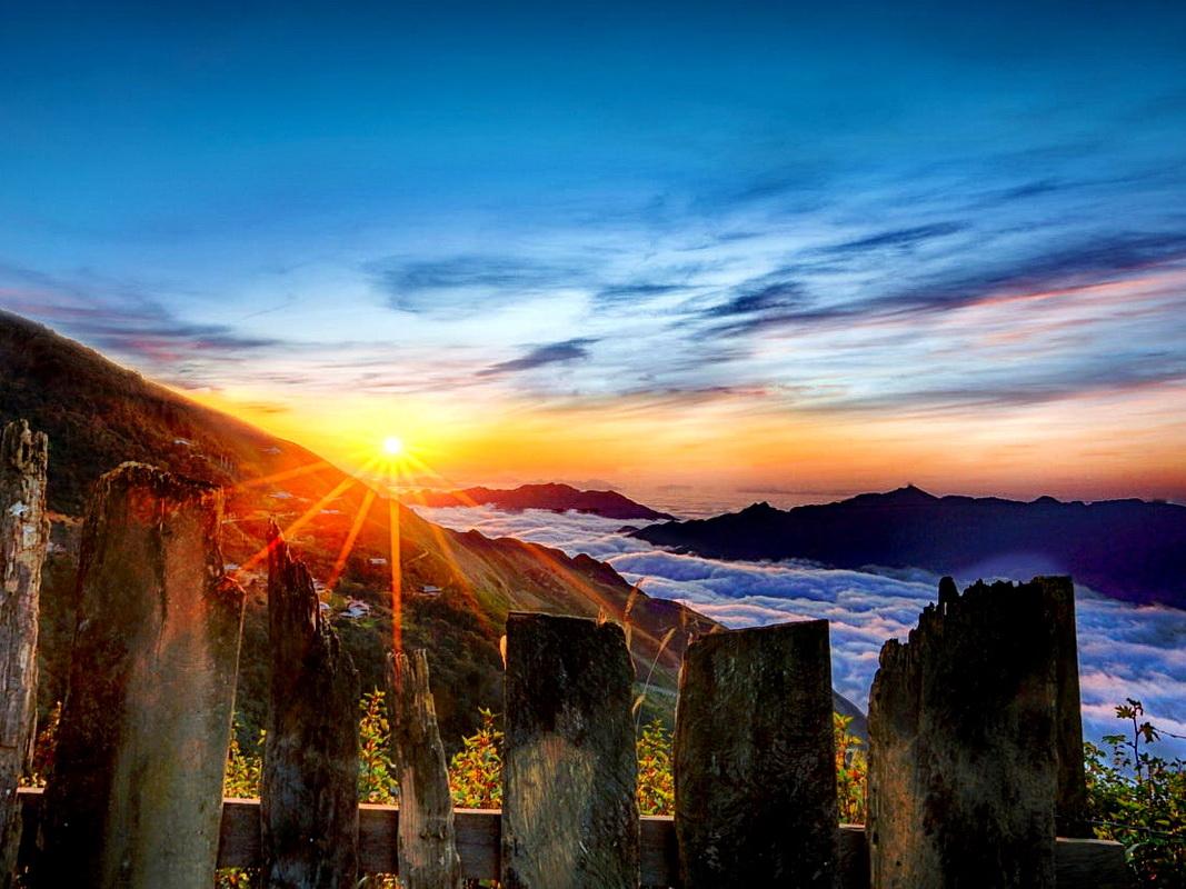 Săn mây Tà Xùa – Địa điểm du lịch Tết tuyệt đẹp tại Tây Bắc