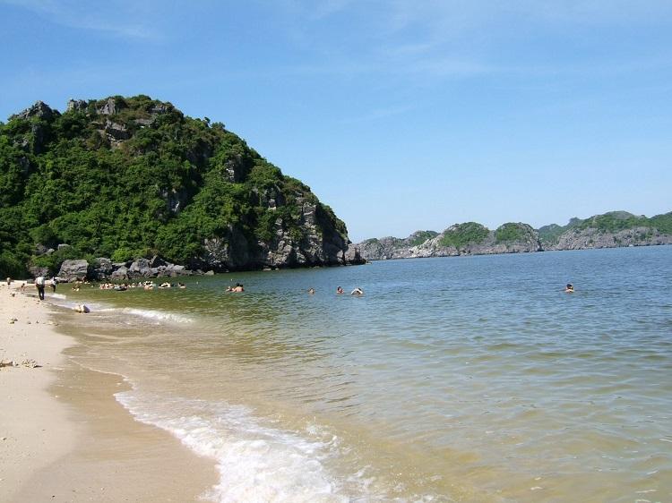 Bãi Tiên Sa - phía Bắc bán đảo Sơn Trà