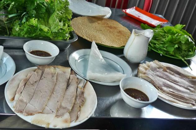 Bánh Tráng Cuốn Thịt Heo.