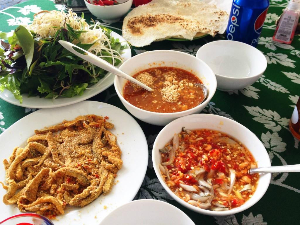 Gỏi cá là món đặc sản có một không hai của vùng biển Nam Ô, Đà Nẵng